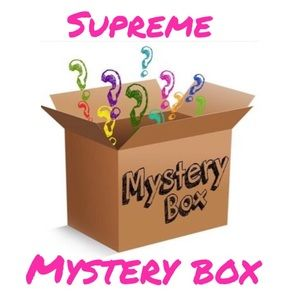 Supreme Mystery Box 📦 5 items for $100